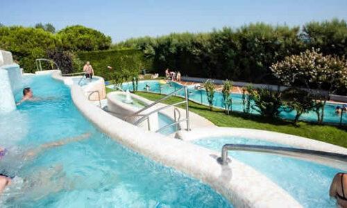 Campings met zwembaden