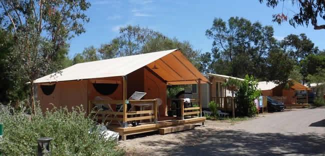 homair camping met zwembaden en waterglijbanen toptip. Black Bedroom Furniture Sets. Home Design Ideas