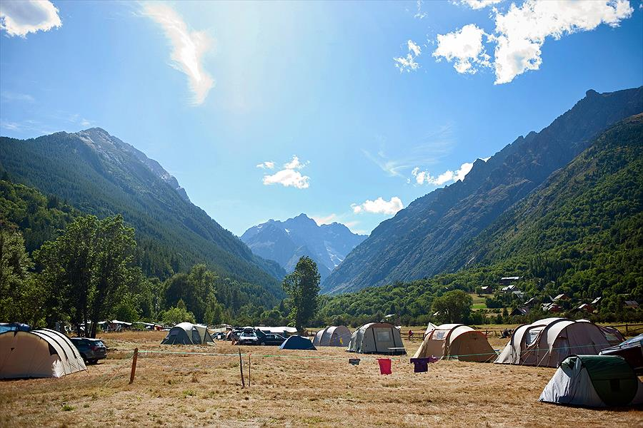 Camping Huttopia Vallouise Hautes-Alpes