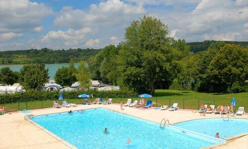 Aanbiedingen camping Camping Yelloh! Village Fayolan in Clairvaux-les-Lacs