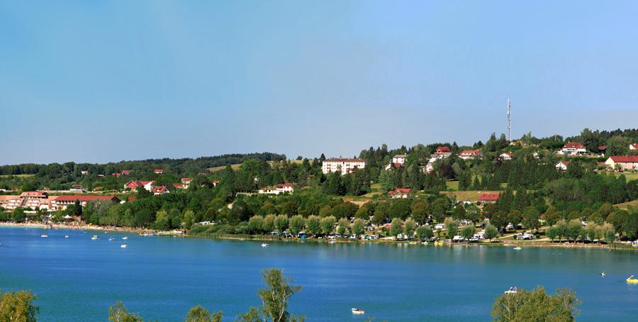 camping in Clairvaux-les-Lacs