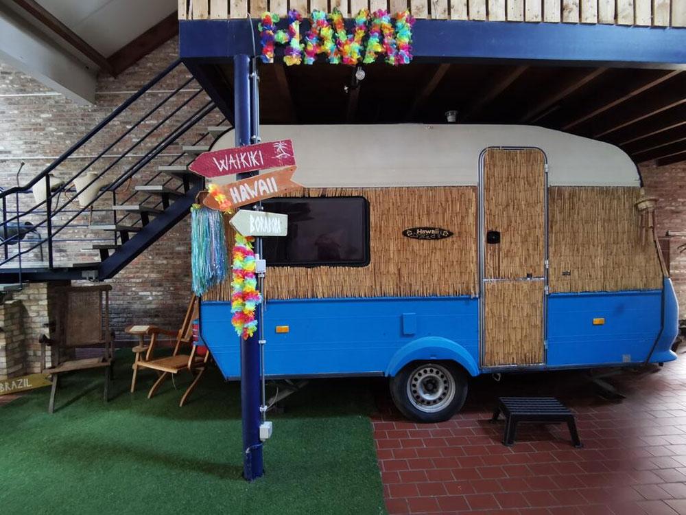 15 aparte overnachtingen in België, waaronder deze indoor kampeer mogelijkheid!