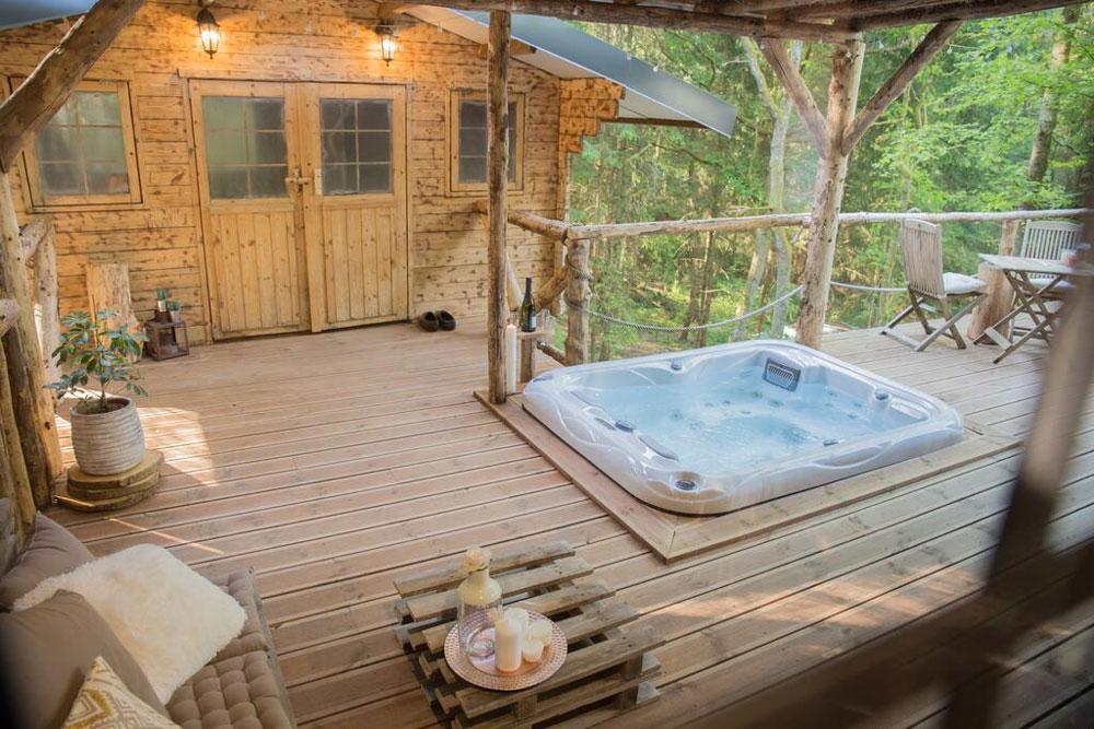 Slapen in een boomhut en meer aparte overnachtingen in België.